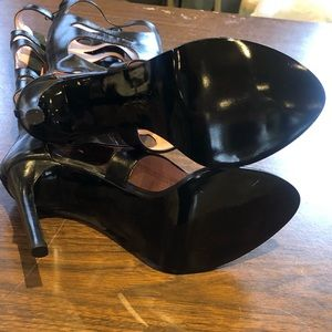 N.Y.L.A. Shoes - Brand new never worn